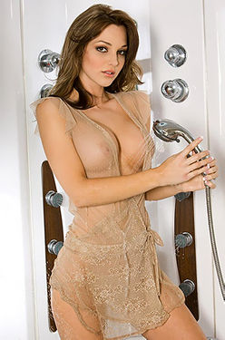 Hot Daniella Mugnolo In A Shower
